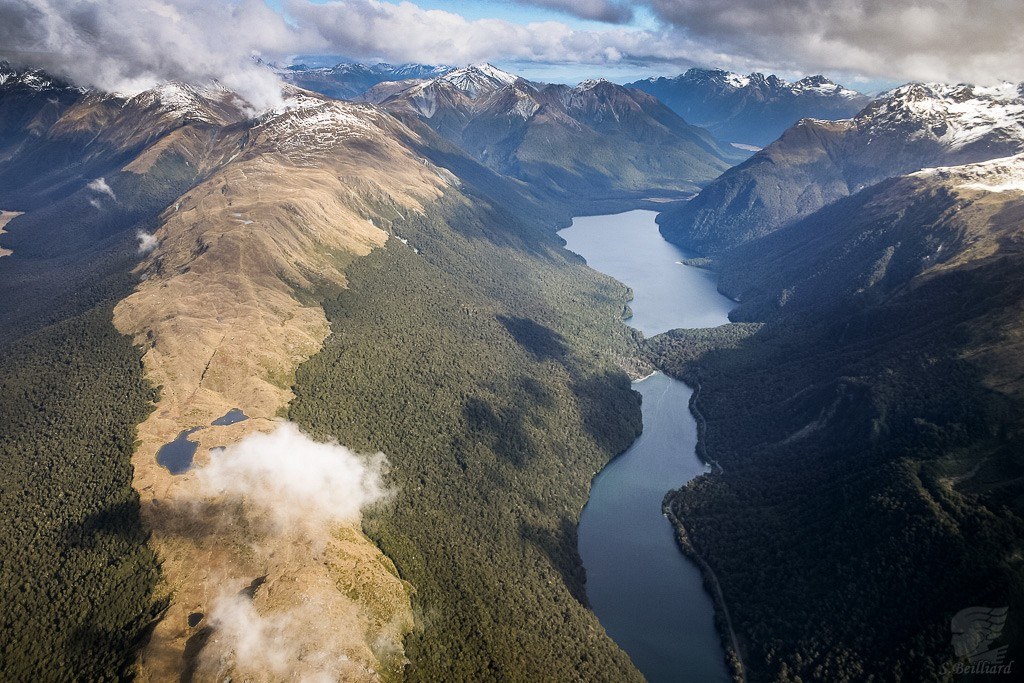 From Above : Lakes Gunn & Fergus